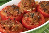 Фаршированные томаты с маслом