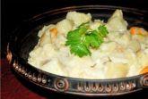 Гарнир из молодой капусты и картофеля