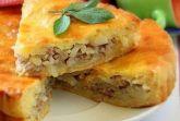Дрожжевой пирог с мясом и картофелем