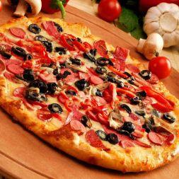 Изображение рецепта Пицца с сосисками и грибами
