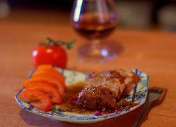 Изображение рецепта Свинина под брусничным соусом