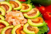 Изображение рецепта Салат с авокадо, помидорами и креветками