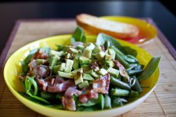 Изображение рецепта Салат с беконом и авокадо