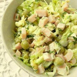 Изображение рецепта Салат из капусты с ветчиной и горошком
