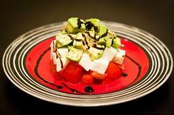 Изображение рецепта Салат из авокадо, помидоров и моцареллы
