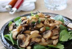 Изображение рецепта Простой салат с жареными грибами