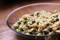 Изображение рецепта Рис с зеленым горошком и миндалем