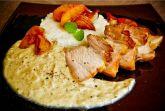Подчеревок свиной в яблочно-луковом соусе