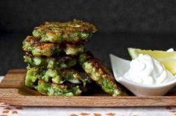 Изображение рецепта Оладьи из брокколи с сыром