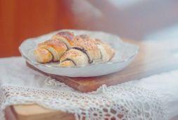 Изображение рецепта Слоеные рогалики с маком