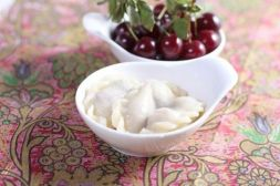 Изображение рецепта Вареники с вишней