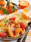 Заправьте и осторожно перемешайте. Зимний фруктовый салат готов. Приятного аппетита!