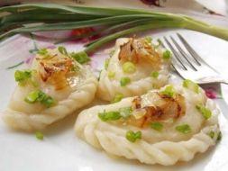 Изображение рецепта Вареники с картошкой и жареным луком