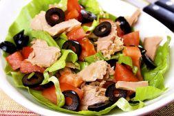 Изображение рецепта Салат с тунцом и помидорами