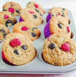 Изображение рецепта Веганские кексы с бананом и ягодами