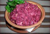 Салат из вареной свеклы с майонезом
