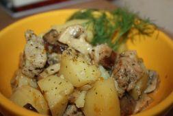 Изображение рецепта Картофель тушеный с курицей