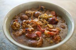 Изображение рецепта Картофель тушеный с мясом и грибами в сметанном соусе