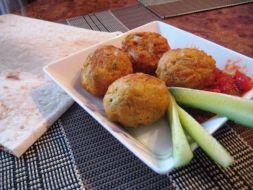 Изображение рецепта Капустно-гороховые шарики во фритюре