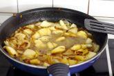 Сливочно-яблочный соус с коньяком