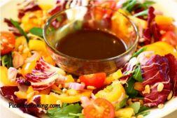 Изображение рецепта Салат из горьких видов салатной зелени с бальзамической заправкой