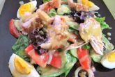 Фирменный салат Пикантэ! с курицей и медово-горчичной заправкой