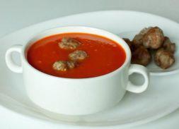 Изображение рецепта Томатный суп с рисом и фрикадельками